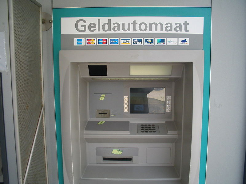 Geintje met pinautomaat of Cash trapping?